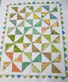 you to see pinwheel and prairie point baby quilt on
