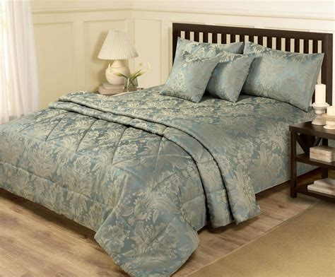19 luxury designer bedding sets qosy