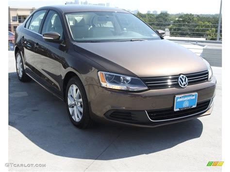 brown volkswagen jetta 2013 toffee brown metallic volkswagen jetta se sedan