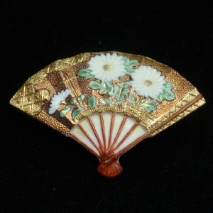 design pin japanese fan pin ornate floral design vintage porcelain