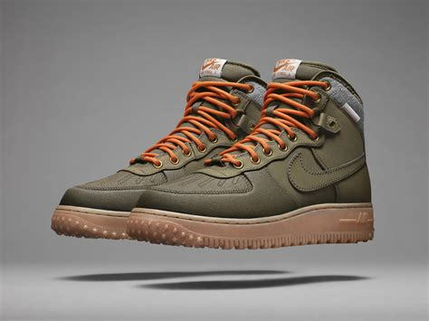 nike sneaker boot true icons bigger and better nike sneakerboots nike news
