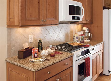 backsplash with maple cabinets raised panel maple cabinets traditional kitchen design