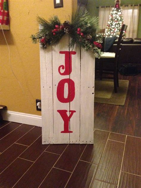 1000 images about pallet christmas decorations on