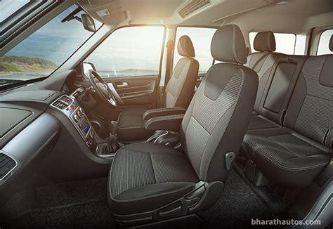 Tata Safari Storme Top Model Interior by 2015 Tata Safari Storme Minor Update Arrives Rs 9 99 Lakh