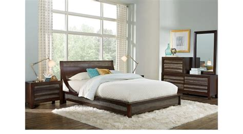 harmony place brown 5 pc queen platform bedroom queen harmony place brown 5 pc king platform bedroom contemporary