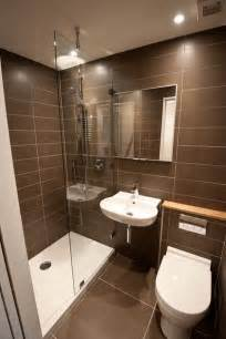 Tiny Bathrooms Ideas 25 Best Ideas About Very Small Bathroom On Pinterest