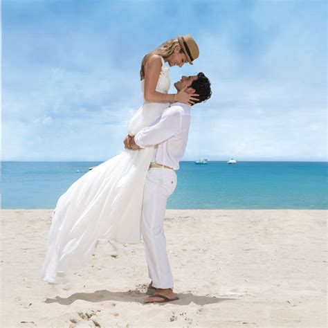 Guide To Destination Wedding 2 by Everything You Need To About Destination Weddings