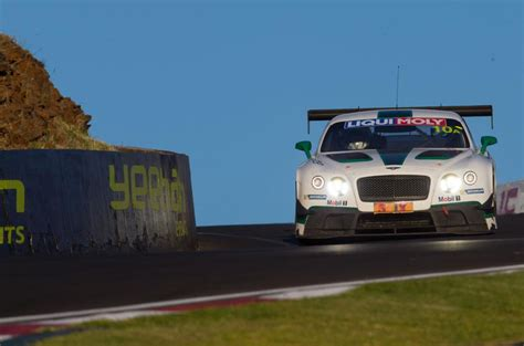 bentley bathurst bentley gt3 at bathurst racing on mount panorama autocar