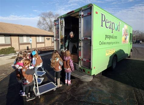 Lake Villa Food Pantry scouts work with peapod to donate food to the lake villa township food pantry dailyherald