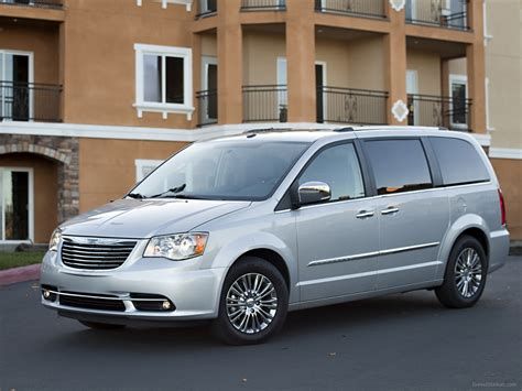 Chrysler Town And Country S by Chrysler Town Country S 2013 Car Wallpaper 03 Of