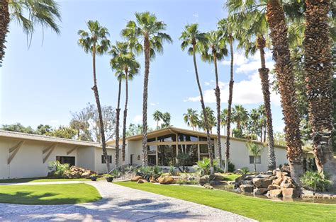 Palm Springs Homes For Rent Vacation - relax rancho mirage ca heart of the palm springs valley hanging out at harpo s