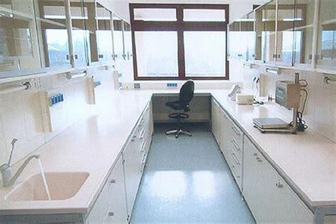 arredamento sanitario arredo sanitario in corian andreoli corian 174 solid surfaces