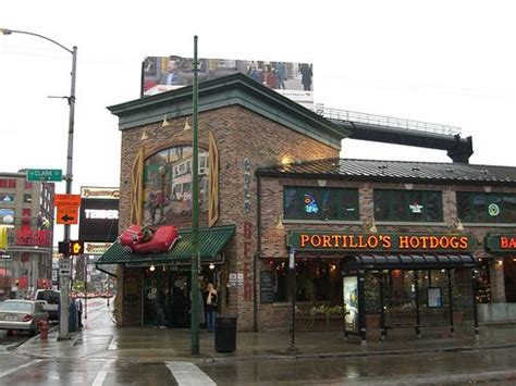 portillo s dogs chicago 21 best images about joints and stands on best dogs dogs
