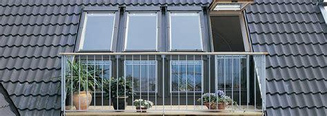 Balcon de toit VELUX ? Le balcon crée un espace supplémentaire