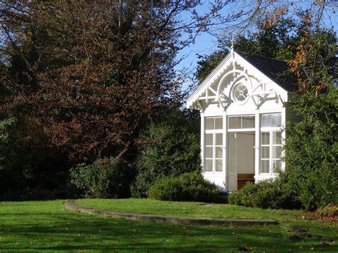 maximale grootte tuinhuis geen vergunning mag je een tuinhuis of bijgebouw plaatsen zonder