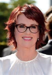 hairstyles for with large heads glasses 20 best hairstyles for women with glasses hairstyles