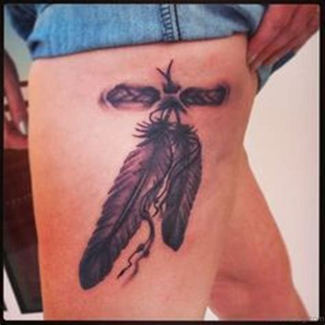 tattoo feather on thigh 32 graceful feather tattoos on thigh
