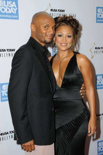 why did the singer chante moore divorce so kenny lattimore chante moore gets a divorce the
