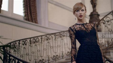 taylor swift dress lyric video taylor swift s blank space director details interactive