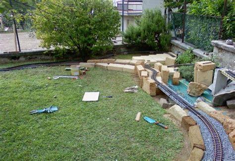 mattoni in tufo per giardino blocchi di tufo giardinaggio blocchi di tufo per