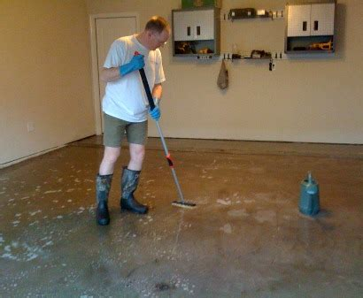 Etch Garage Floor by How To Apply Garage Floor Epoxy Coatings The Diy Guide