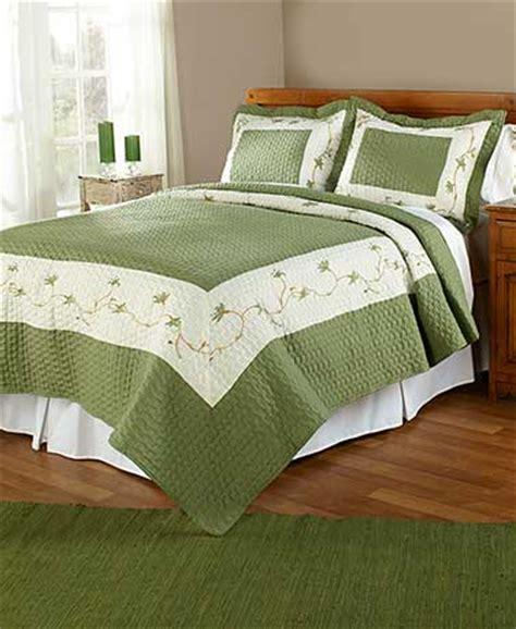 comforters and bedspreads cheap quilts lakeside