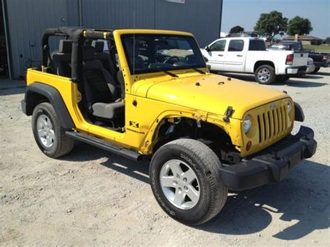 crashed jeep wrangler buy used 2008 jeep wrangler salvage wrecked damaged