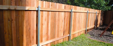 Wood Privacy Fences Austin Tx Ranchers Fencing Wood Fence Backyard