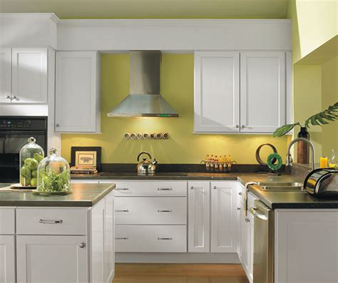 diamond prelude kitchen cabinets diamond at lowes find your style koslin truecolor obsidian