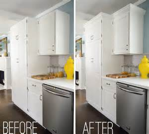 how to add crown molding to the top of your cabinets crown molding on top of kitchen cabinets on 620x465