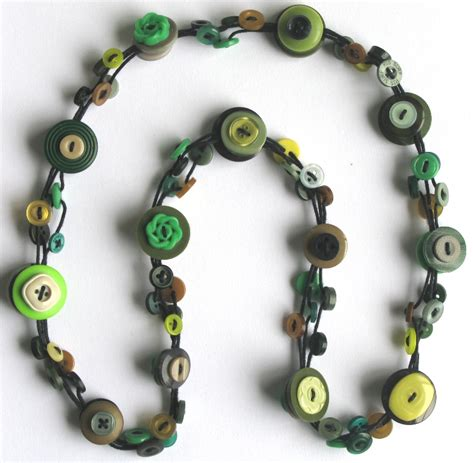 Handmade Button Jewellery - pretty handmade button necklace felt