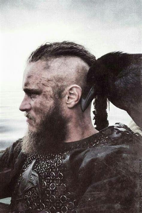 travis fimmel vikings season 2 1000 images about vikings on pinterest viking costume