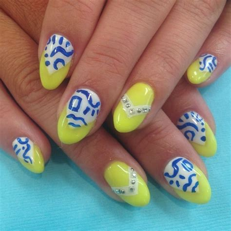 yellow nail beds 86 best yellow purple nail art images on pinterest