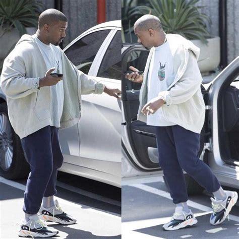 Terlaris Adidas Yeezy Boost 700 Wave Runner Sepatu Pria Sneakers Prem tren sneakers summer 2017 quot shoes quot oleh hari eben ezer kompasiana