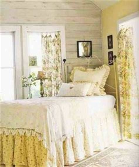 yellow shabby chic bedroom 1000 images about new yellow white shabby chic bedroom