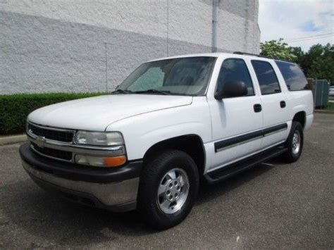 purchase used 2wd white new tires 9 passenger third row