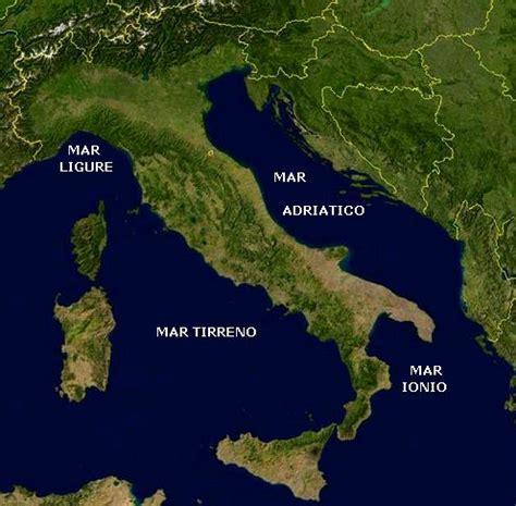 mari che bagnano l italia imparare con la geografia 4 elementi paesaggio il