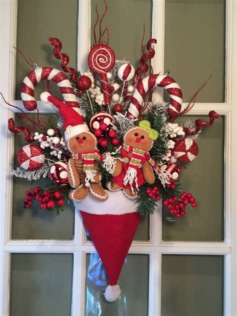 santa decorations best 25 santa wreath ideas on diy door