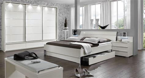 hightech schlafzimmer möbel modernes schubkasten doppelbett in weiss salford i betten de