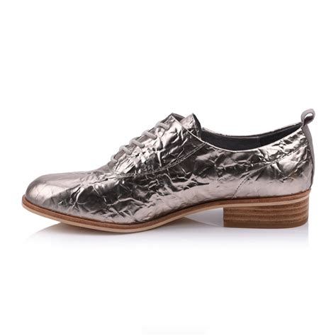 patent leather lace up flat shoes manufacturers company