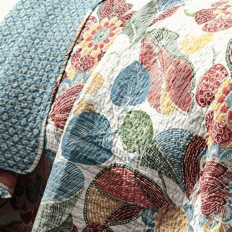 Tropical Quilts Island Tropical Quilt Set