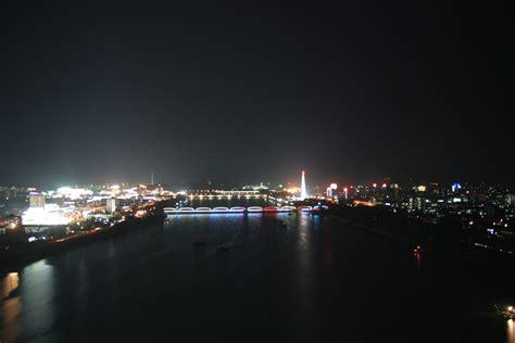 File:Pyongyang at night (6647267811).jpg - Wikimedia Commons