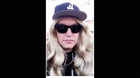 Spotted Wearing A Cheap Wig by Blink 182 News Hoppus Spotted Wearing Wig At
