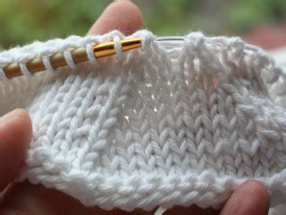 how to decrease in knitting at beginning of row decrease knitting