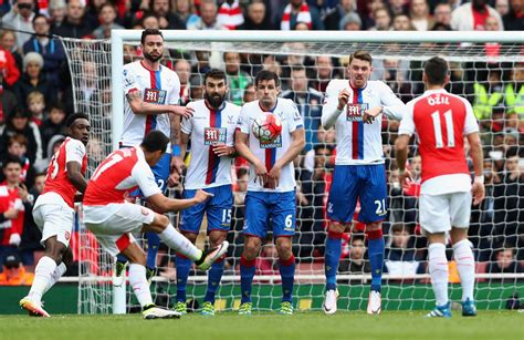 arsenal crystal palace arsenal v crystal palace premier league zimbio