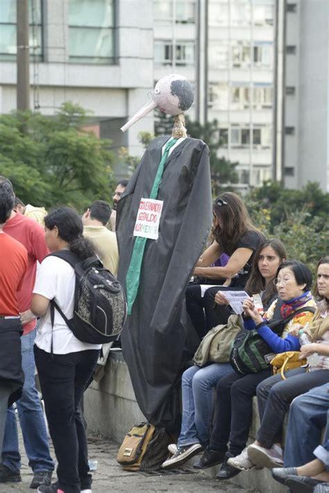 professores do estado de so paulo pt brfacebookcom pressenza greve de professores continua e ganha for 231 a em