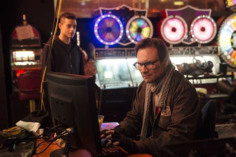 film hacker mr robot the pilot episode of mr robot shows a lot of promise for