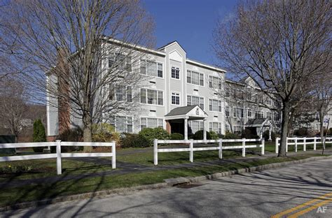 worcester appartments autumn woods worcester ma apartment finder