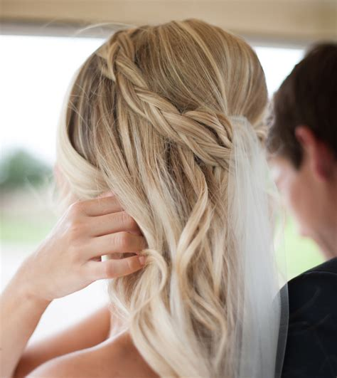 Wedding Hair With A Braid by Braided Hairstyles 5 Ideas For Your Wedding Look Inside
