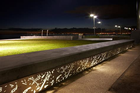 work bench lights 06 elwoodforeshore aspect landscapearchitecture